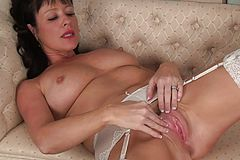 Solo Joy with the wild mature Elise Summers