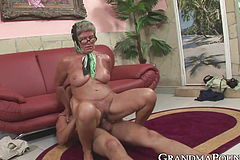 Horny Grandmother Receives Youthfull manmeat And Jizz in Hatch