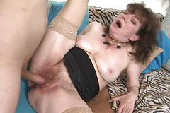 Mature mega slut mommy gets Youthfull Penis