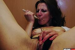 Valentina loves to Use her dildo on herself