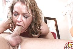 A Aggressive Deep gullet From the Whorey Blondie Kelly Leigh