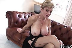 Unfaithful english mature Lady sonia exposes her oversized t