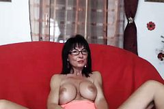 Mature Amateur Brunette wife Giving head homemade