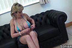 Unfaithful British Mature lady sonia Flaunts her huge Jugs68