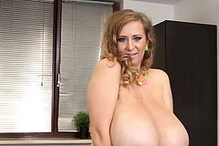 Big Tits Pornstar Sex and cumshot
